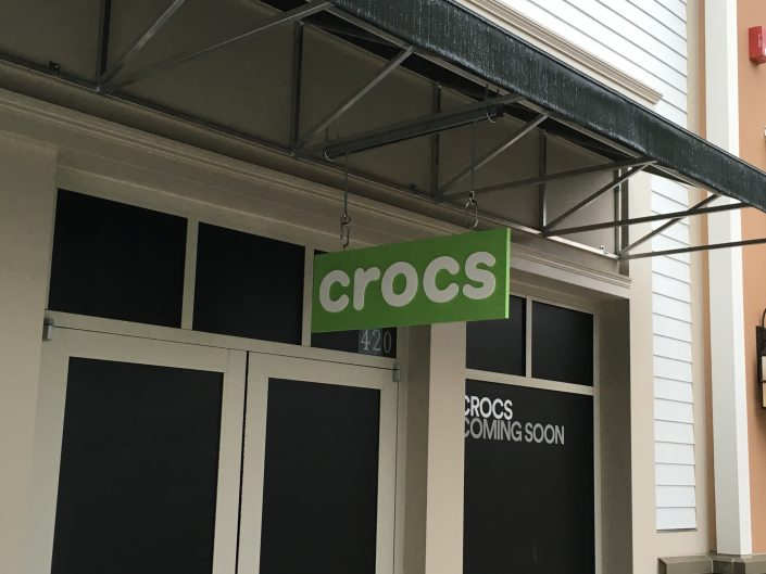 Aerial Signs and Awnings 508-705x529 Installation