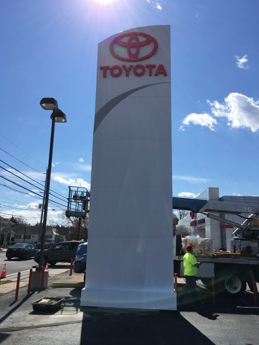 Aerial Signs and Awnings 510-529x705 Installation
