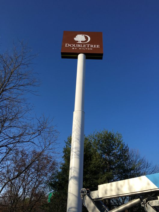 Aerial Signs and Awnings 529-529x705 Installation