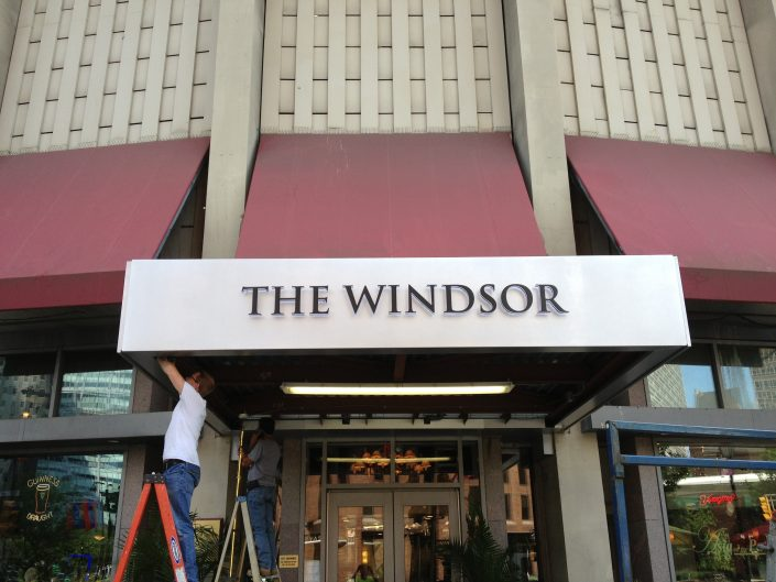 Aerial Signs and Awnings 537-705x529 Installation